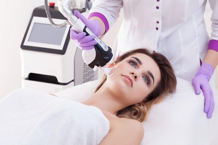 Лазерное омоложение в клинике LaserOne фото №1